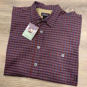 Patagonia   Vintage Mens Button Down Shirt - Large